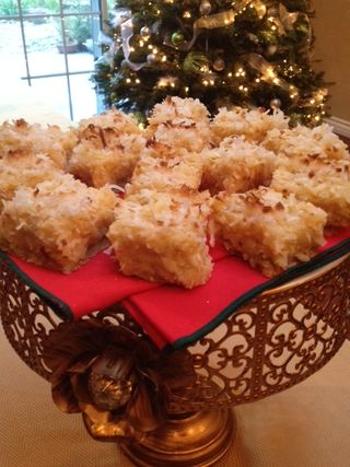 Pineapple-coconut bars2